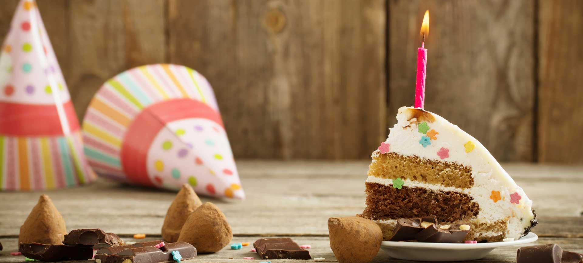 Geburtstagseinladungen Geburtstagskuchen